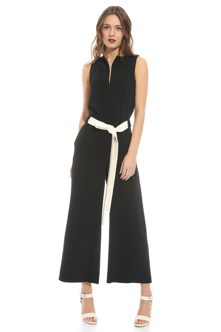 Belted jumpsuit Intrend