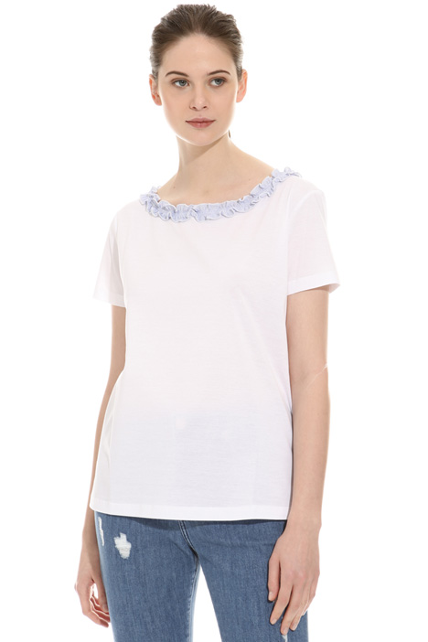 Frilled T-shirt Intrend