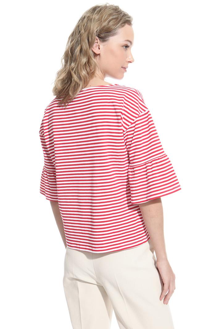 T-shirt con manica a corolla Intrend
