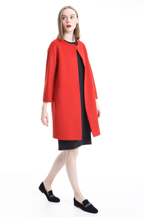 Egg-shaped wool coat Diffusione Tessile