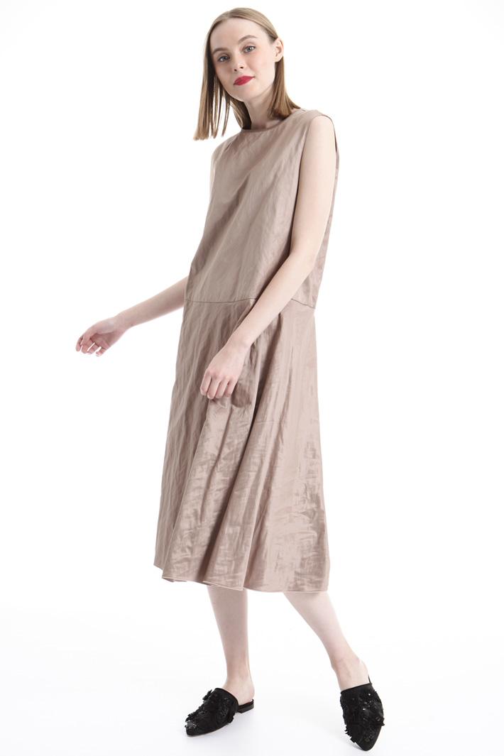 Wrinkled-effect satin dress Intrend