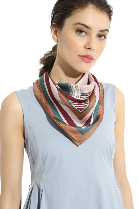 Foulard in pura seta Intrend