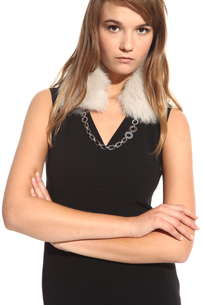 Fox fur collar with chain Intrend