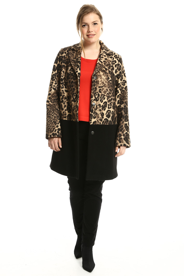 Animalier coat in felt fabric Intrend