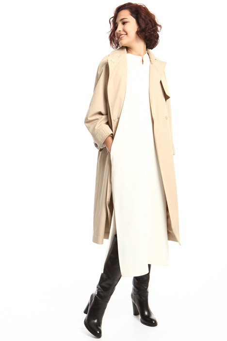 Long water resistant trench Intrend
