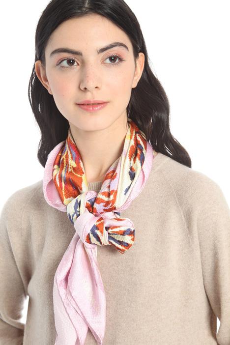 Fantasy print foulard Intrend