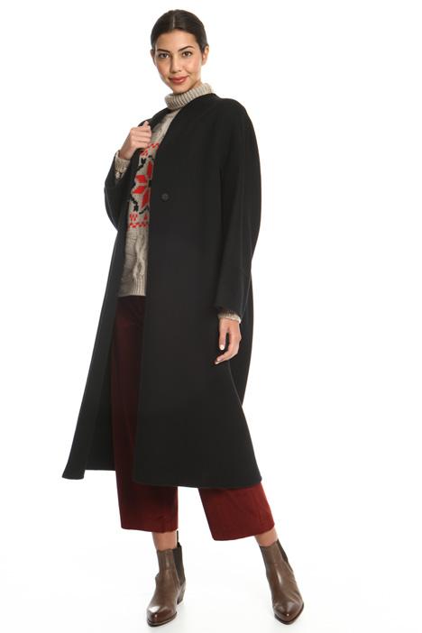 Cappotto in drap con pieghe Intrend