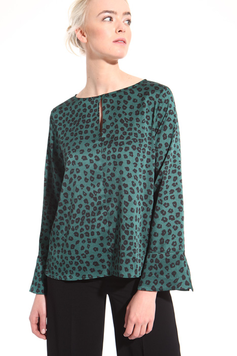 Animal print satin blouse  Intrend