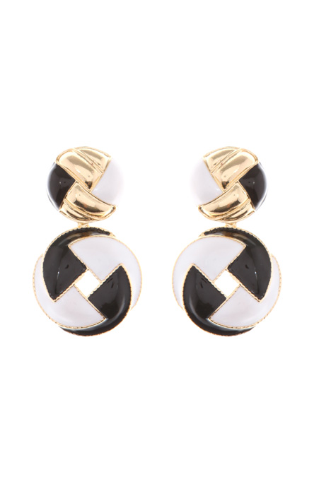 Metal earrings Intrend