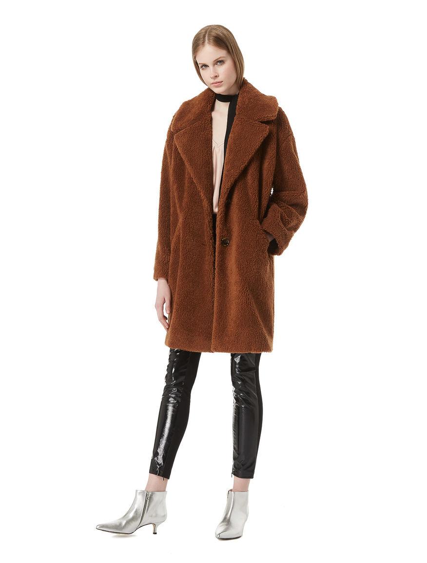 Plush-effect coat