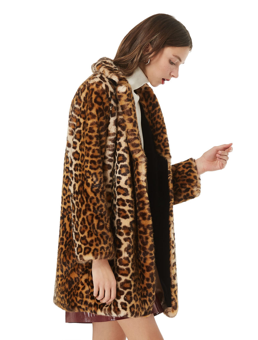 Animal-look coat