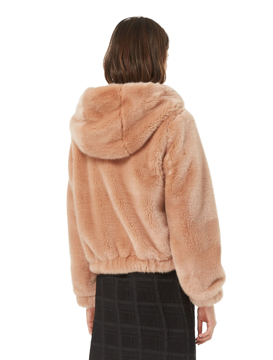 Fur-effect bomber