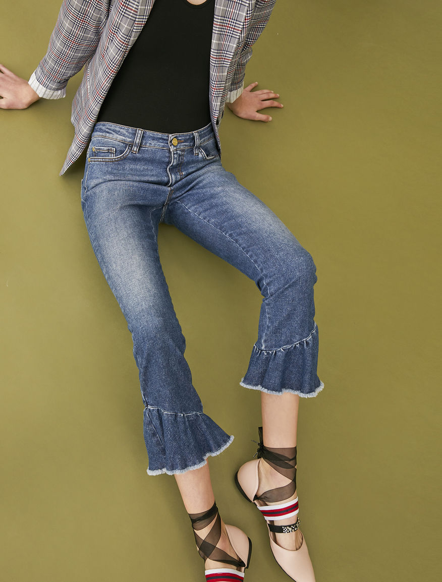 Jeans with flounce