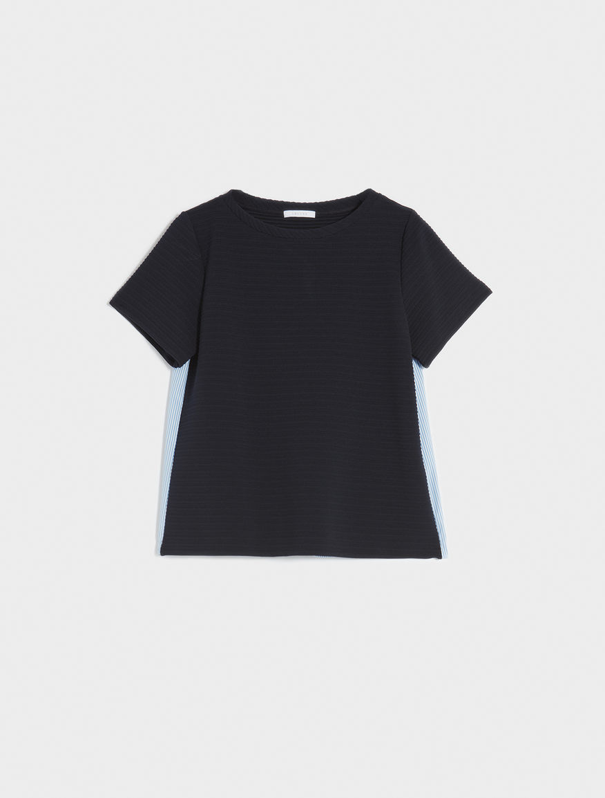 Dual-material T-shirt