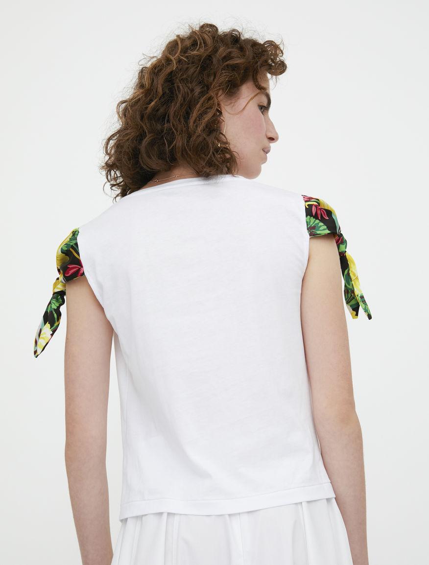 T-shirt con nodo