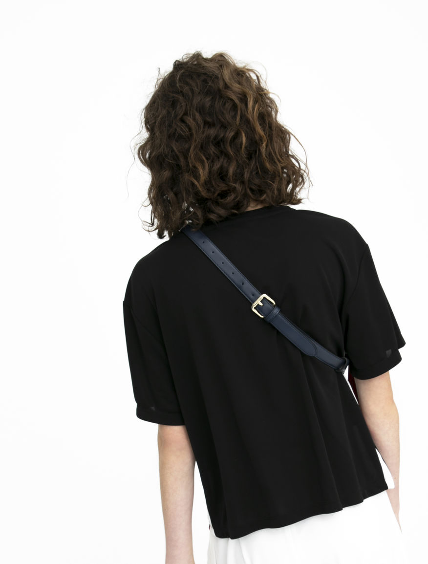 T-shirt with side bands