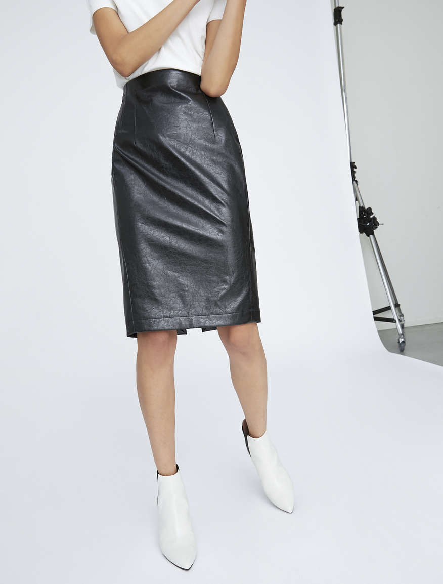 Pencil skirt aderente