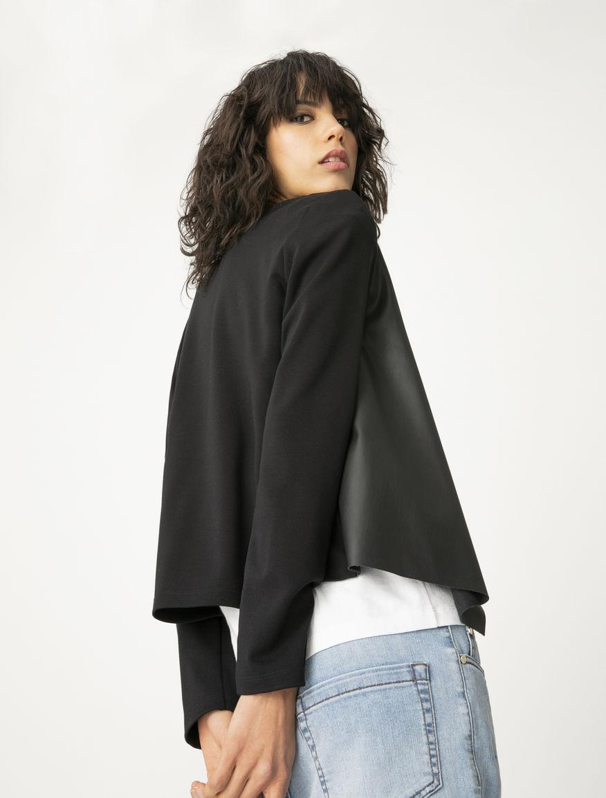 Fluid jacket