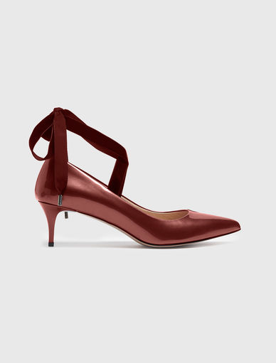 Patent leather courts Marella