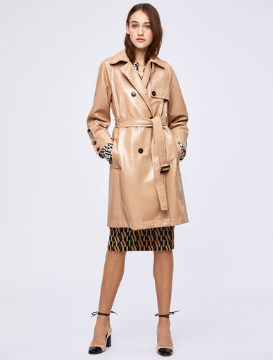 Trench in Lackoptik Marella