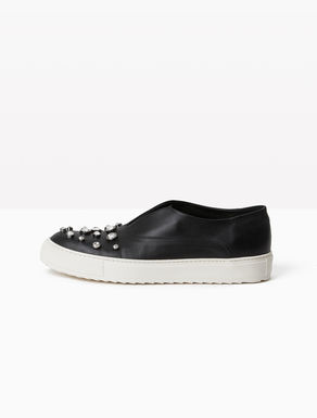 Sneakers slip on di pelle con strass