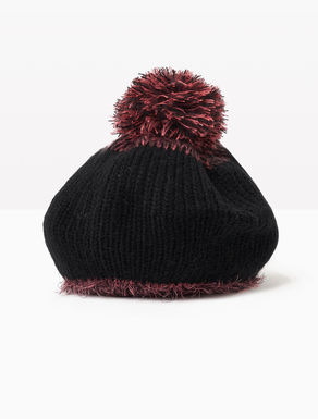 Knit hat with pompom