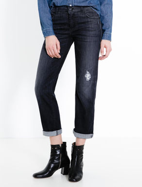 Black straight-fit jeans