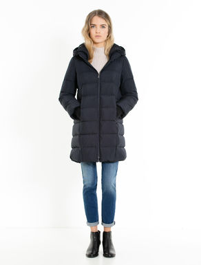 Egg-shape down jacket with knit cuffs