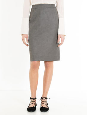 Stretch fabric sheath skirt