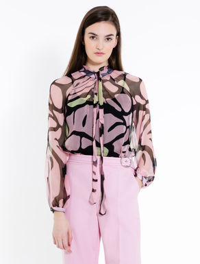 Silk blouse with pussybow collar