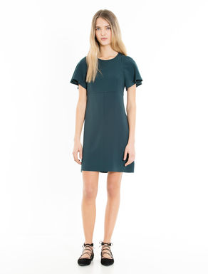 Dress with corolla sleeves