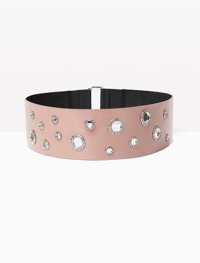 Wide belt with jewellery eyelets