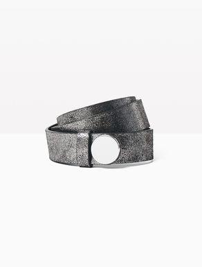 Cinturón de piel con maxitachuela