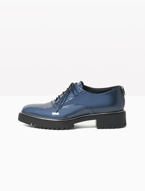 Glossy leather Oxford shoes