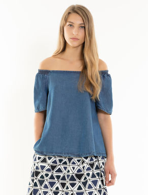 Blouse in denim-effect fabric