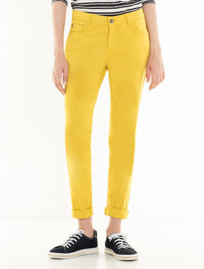 Pantalón skinny de gabardina