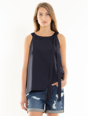 Poplin top with bow