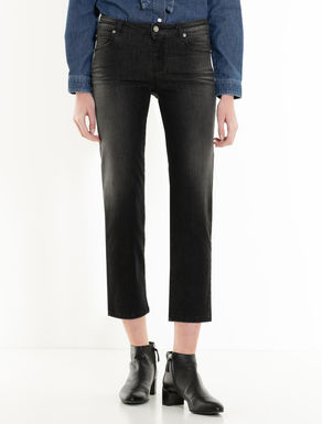 Schwarze Cropped-Jeans in Straight Fit