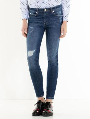 Schwarze Skinny-Fit-Jeans mit Riss