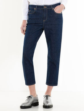 Blue slim-fit jeans