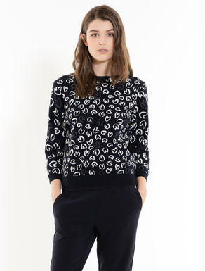 Jacquard jumper with hearts