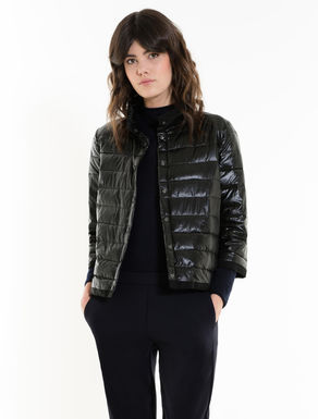 Lightweight boxy down jacket