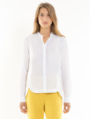 Asymmetrical shirt with slits
