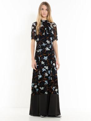 Langes Kleid aus Georgette und Satin