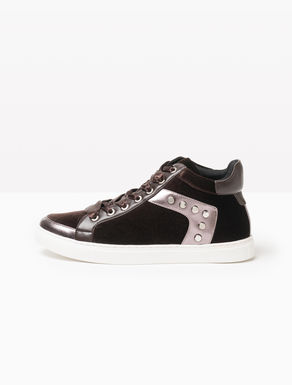 High-top velvet sneakers