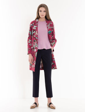 Trench coat in fluid printed twill