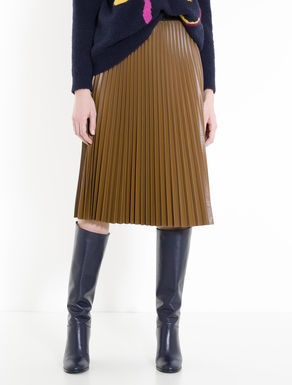 Pleated skirt in coated jersey