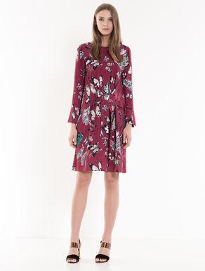 Dress in printed crêpe fabric