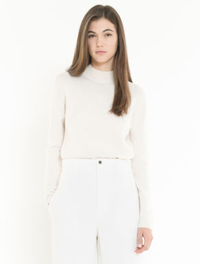 Wool/cashmere sweater with bow