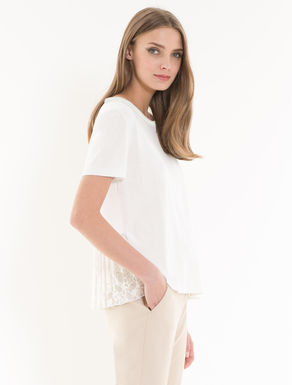 Jumper with lace flounce